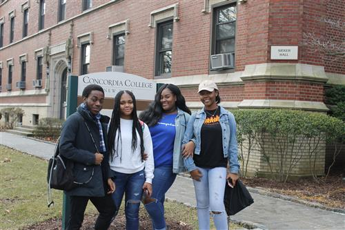 Students from the Mount Vernon High School Visit Concordia College