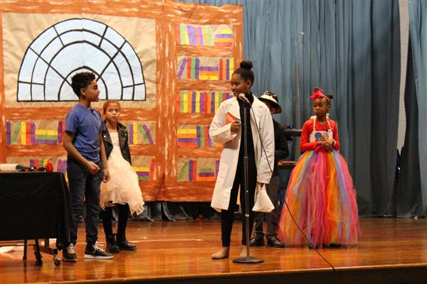 Holmes School Students Perform 'Dig a Little Deeper'
